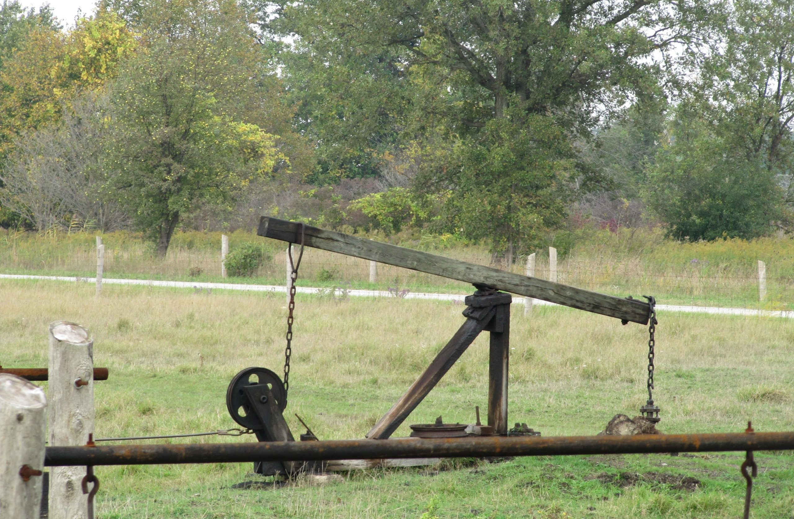 Working oil well at Oil Springs Museum